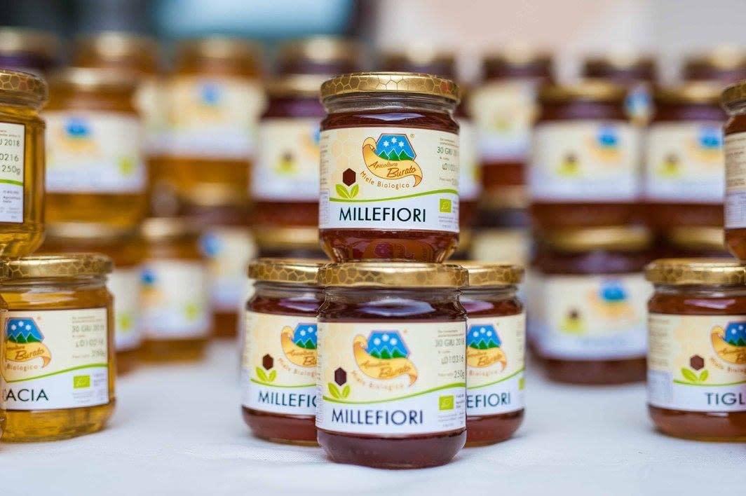 confezioni di miele di vario genere di apicoltura burat